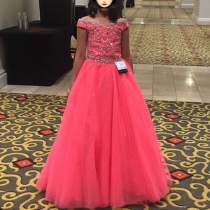 Little Girls Evening Gown - Pageant dress